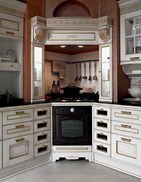 Cucine in legno stile imperiale sicilia giarre riposto for Arredamento stile impero