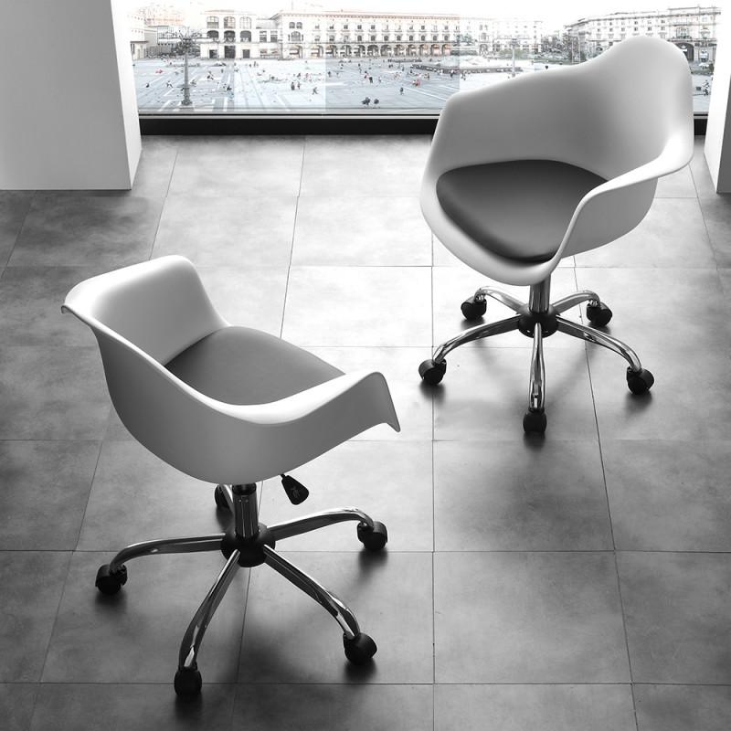 Poltroncina ufficio moderna con ruote sgabelli e for Vendita sedie ufficio on line